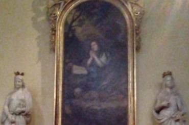 Mária Magdolnáról freskó és oldaloltár Budaörs Nepomuki St János templom